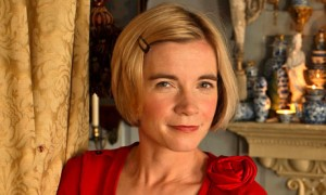 -Dr-Lucy-Worsley-chief-cu-007