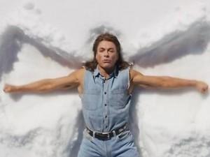 681511-jean-claude-van-damme-snow-angels