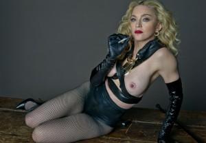 Madonna-Naked-Topless-02