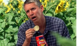 walkers-crisps-and-gary-l-008